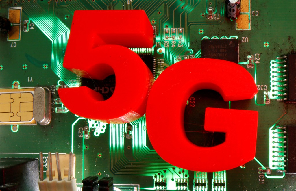 Canada postpones 5G spectrum auction citing COVID-19