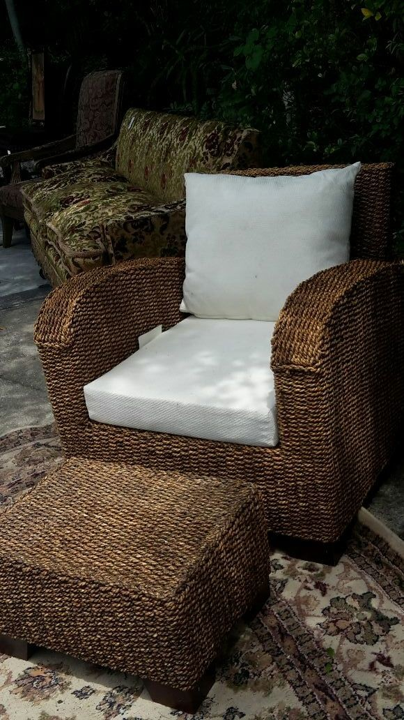 Side view chair and ottoman