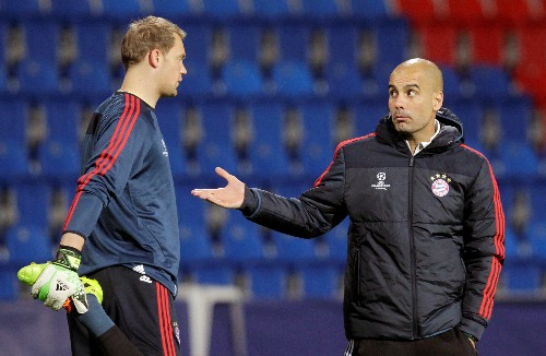 Guardiola wanted to play keeper Neuer in midfield, says Bayern's Rummenigge