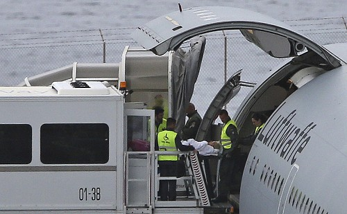 German plane evacuates 15 injured in Madeira bus crash