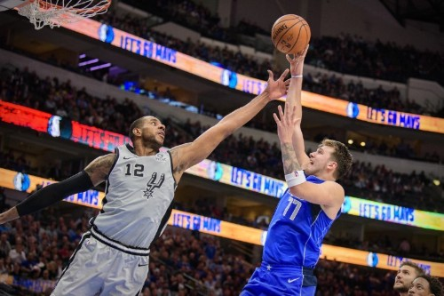 NBA roundup: Doncic scores 42 in triple-double