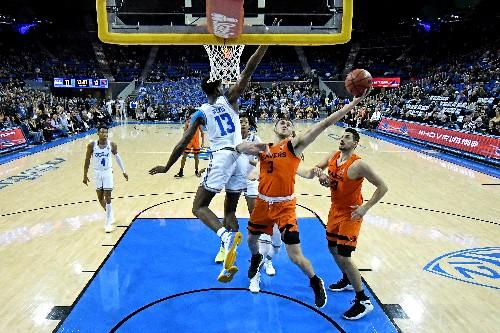 Smith's late layup leads UCLA past Oregon State