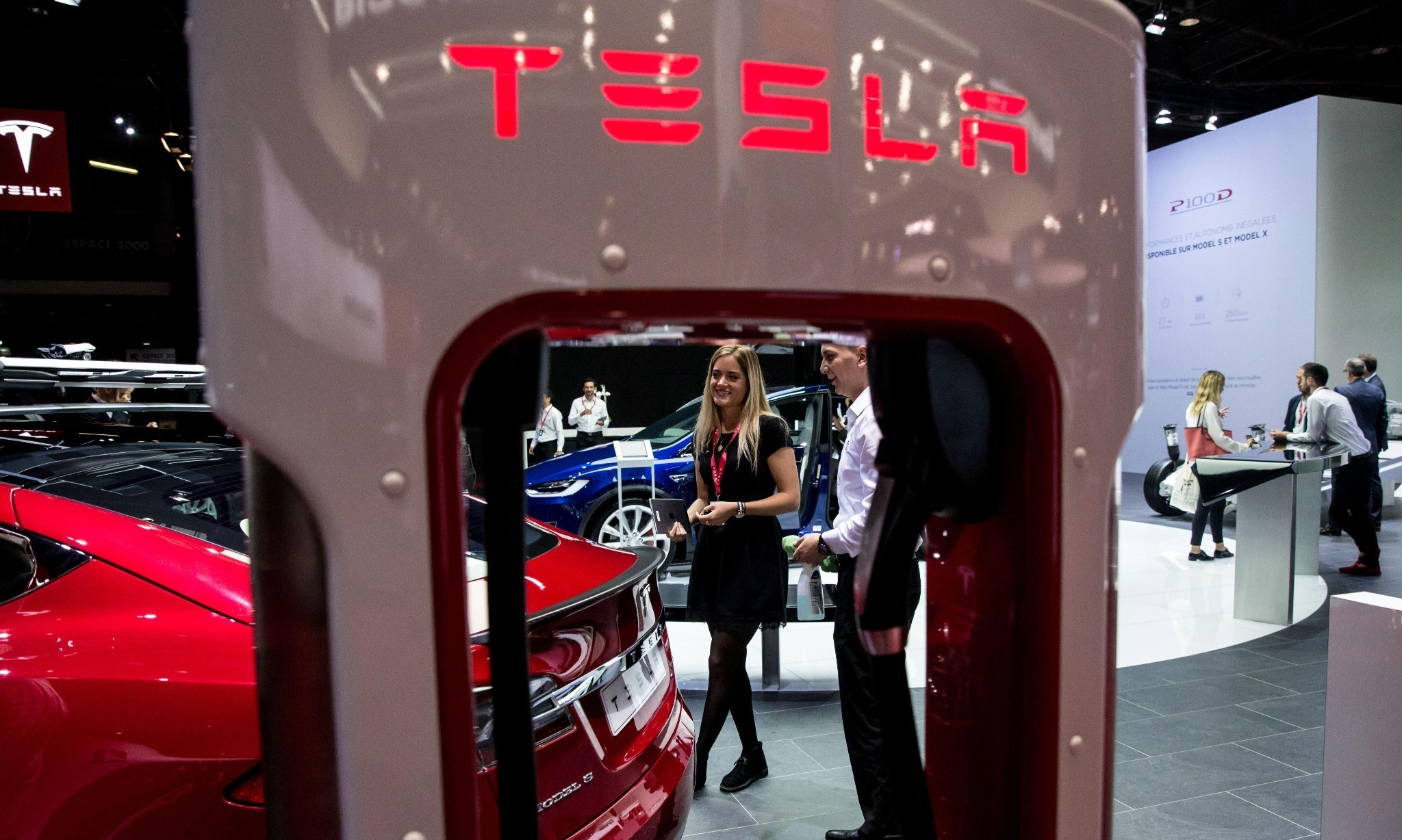 Tesla fights back as Michigan goes to new lengths to shut company out