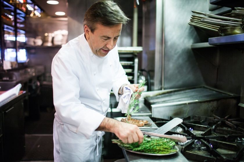 How Daniel Boulud, America's Greatest French Chef, Grills a Hot Dog