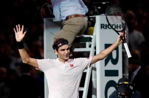 Tennis: Federer feels the Paris love again
