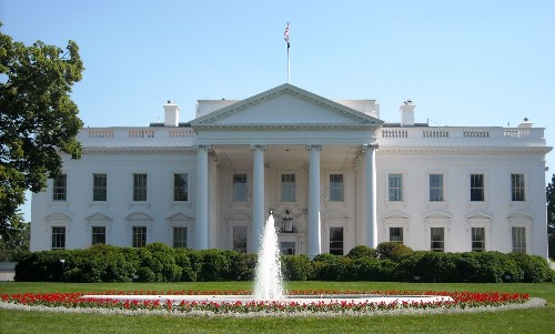 The White House releases policy to help government agencies go open source