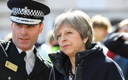 Salisbury poisoning: Nerve agent feared to have spread as police officer might have carried traces home