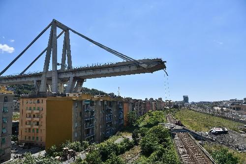 Genoa bridge collapse kills 39, forces hundreds from homes