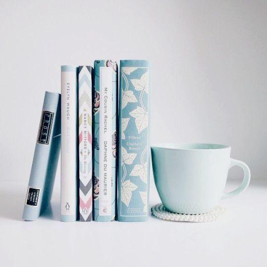 Books 💙 cover image