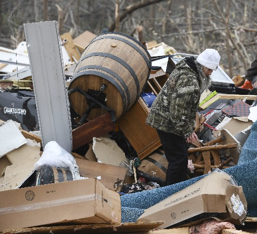 Tornadoes kill 23 in Alabama, rescuers search for victims
