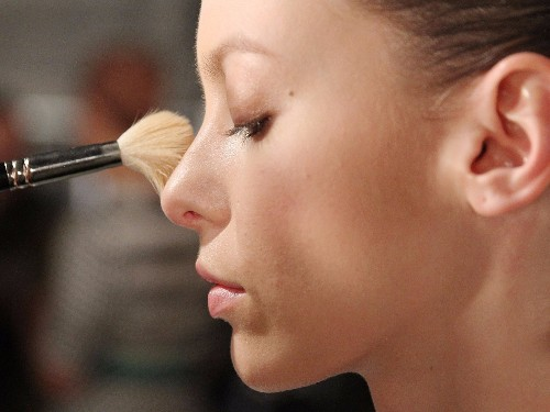 There will soon be an easy way to avoid toxic cosmetics