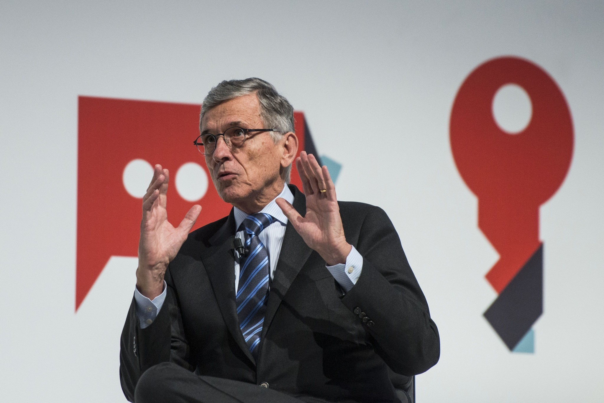 FCC's Wheeler makes net neutrality case before global carriers