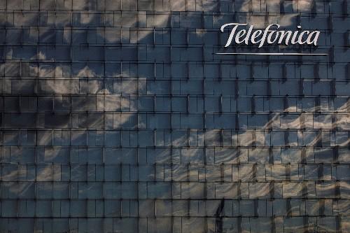 Telefónica mantiene objetivos anuales tras mejorar beneficio operativo bruto