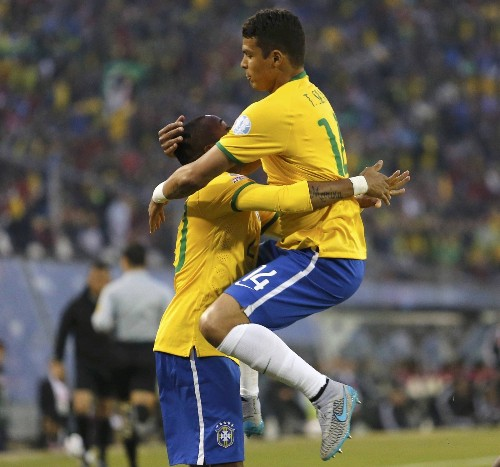 Brazil wins and Colombia Draws at Copa America