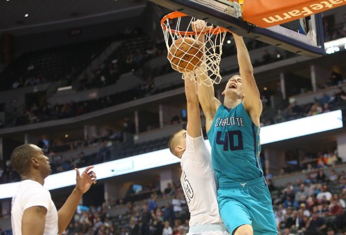 Nuggets welcome back Mudiay in win over Hornets