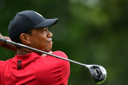 Woods misses chance to defend Tour Championship title