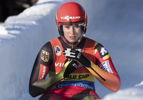 Geisenberger wins luge again; Sweeney takes bronze for US