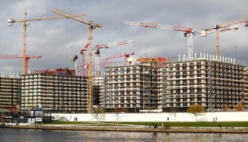 Baugehmigungen sinken - Wirtschaft klagt über zu viel Bürokratie