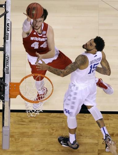 Wisconsin Stops Kentucky; Plays Duke Monday: Photos