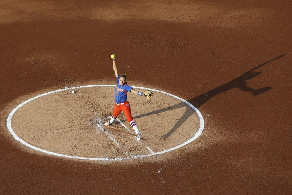 College Softball World Series 2014: TV Schedule and Game 2 Finals Preview