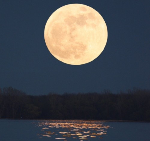 Catch the Extra-Supermoon This Weekend