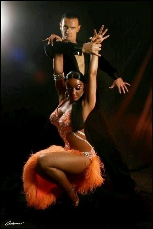 DANCE SHOW MARBELLA - Magazine cover