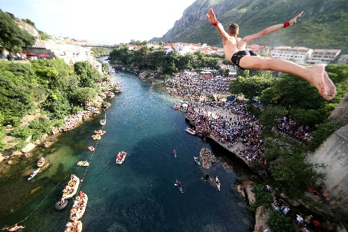 Mostar's youngest diver honors centuries of tradition