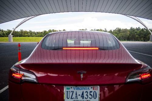 U.S. to allow drivers to choose 'quiet car' alert sounds