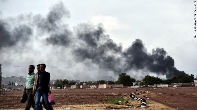 Kurds, airstrikes push back ISIS in Kobani