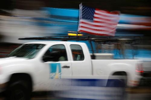 San Francisco makes $2.5 billion bid for PG&E's electric system