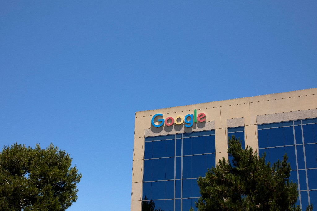 Google stops responding directly to data requests from Hong Kong government