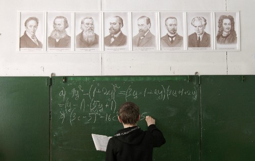 Our brains use 4 steps to solve math problems — and the discovery might change education - Business Insider