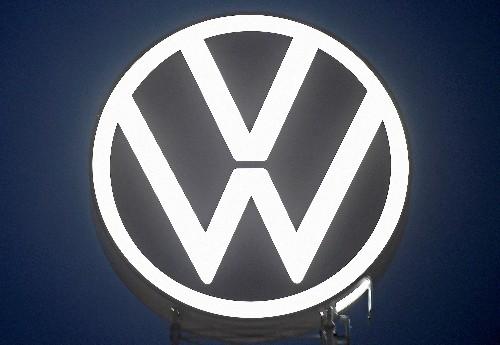 Blatt - Rumänien bringt sich im Wettstreit um VW-Werk ins Spiel