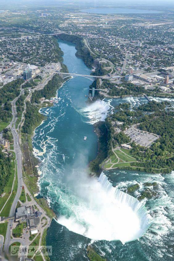 viola ☀ a bird's eye view of Niagara Falls