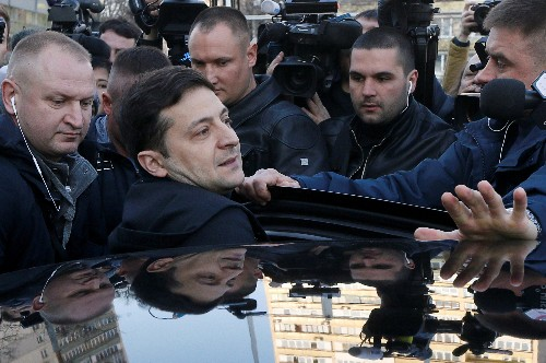 Ukraine tycoon says 'odious' central bankers could go if Zelenskiy wins election