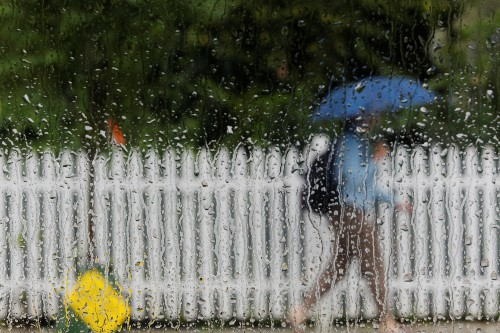 As heat wave breaks across U.S. northeast, thousands left without power
