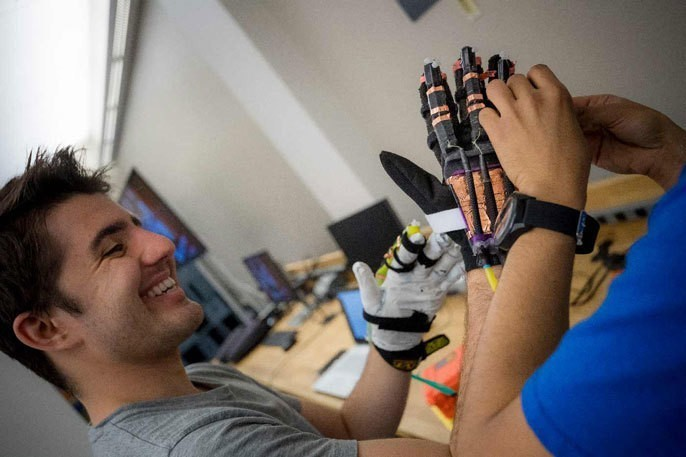 UC San Diego opens first virtual reality lab for undergrads