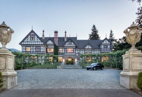 A Silicon Valley Banker Just Sold His Enormous Mansion With A Secret Bar For $25 Million