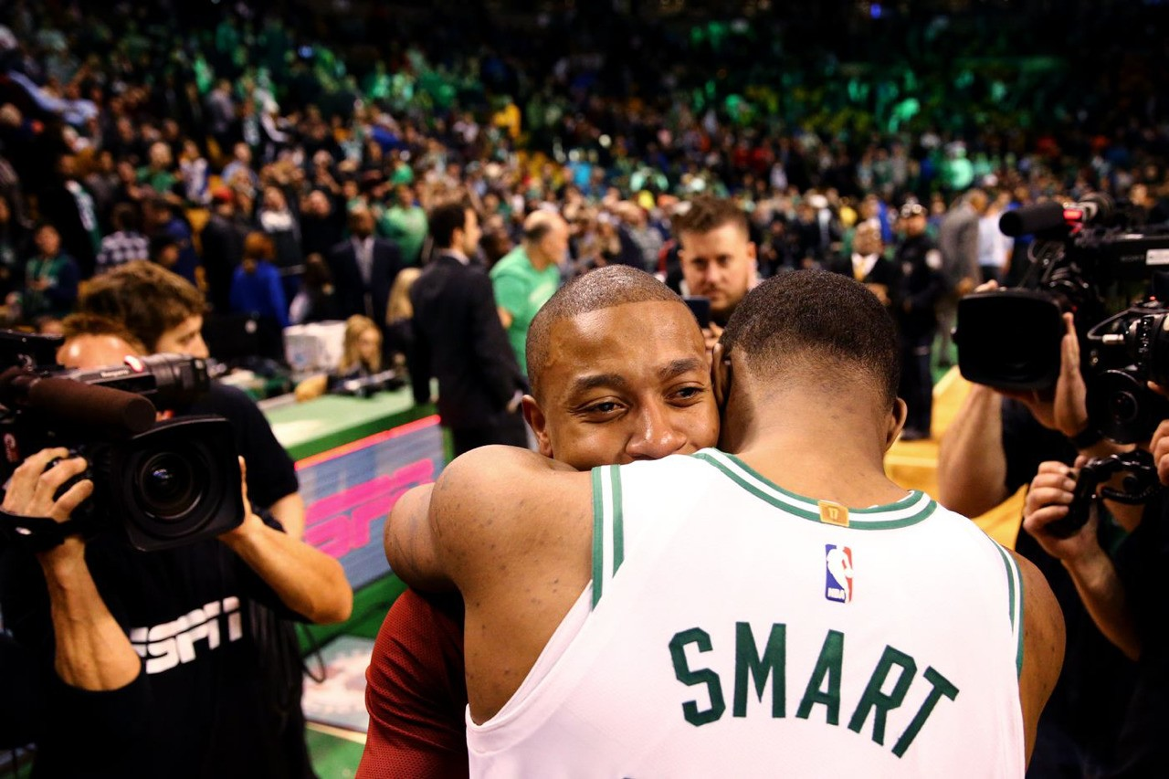 IT embraces Marcus Smart (former teammate)