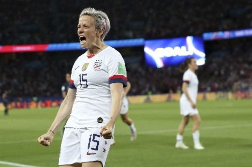 Rapinoe scores twice to lead US past France 2-1 in World Cup