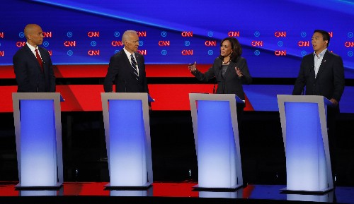 The Latest: Democrats close debate by focusing on Trump