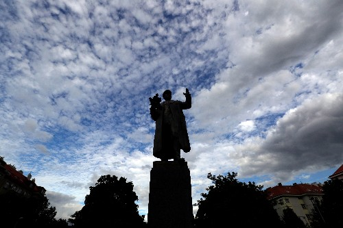 Prague to remove statue of Soviet marshal who led Red Army forces