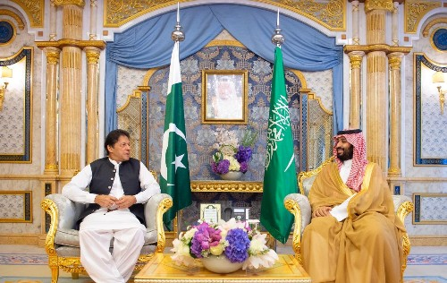 Pakistan PM expresses full support to Saudi Arabia after attacks on oil facilities - SPA