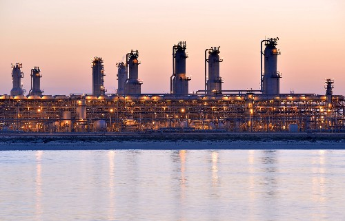 Virus-hit Gulf has little room to boost revenue after oil price shock