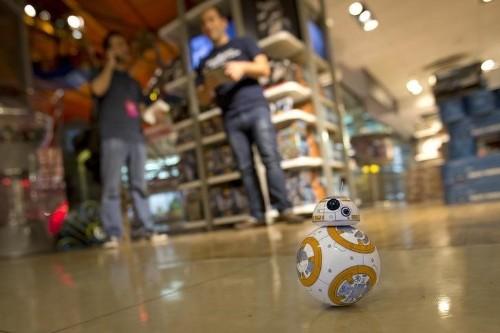 """""""Guerra de las Galaxias"""" podría llevar a industria juguetera de EEUU a mejor año desde 1999: análisis"""
