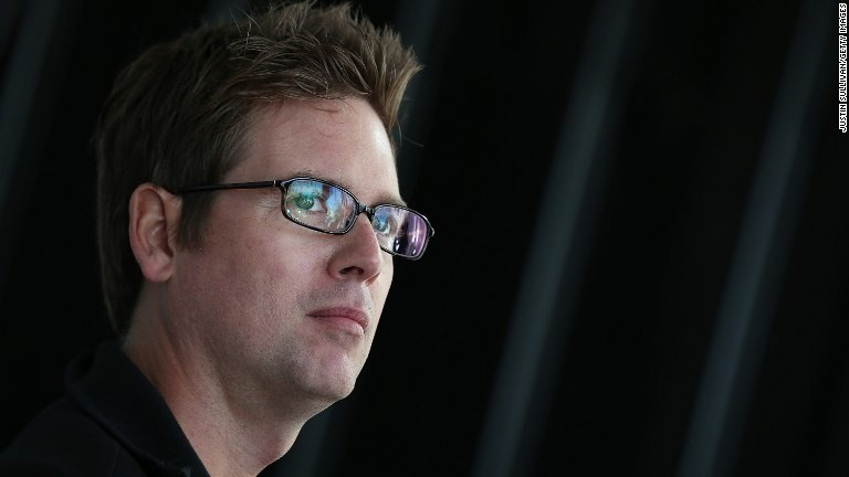 Biz Stone: Humans can outsmart the Internet