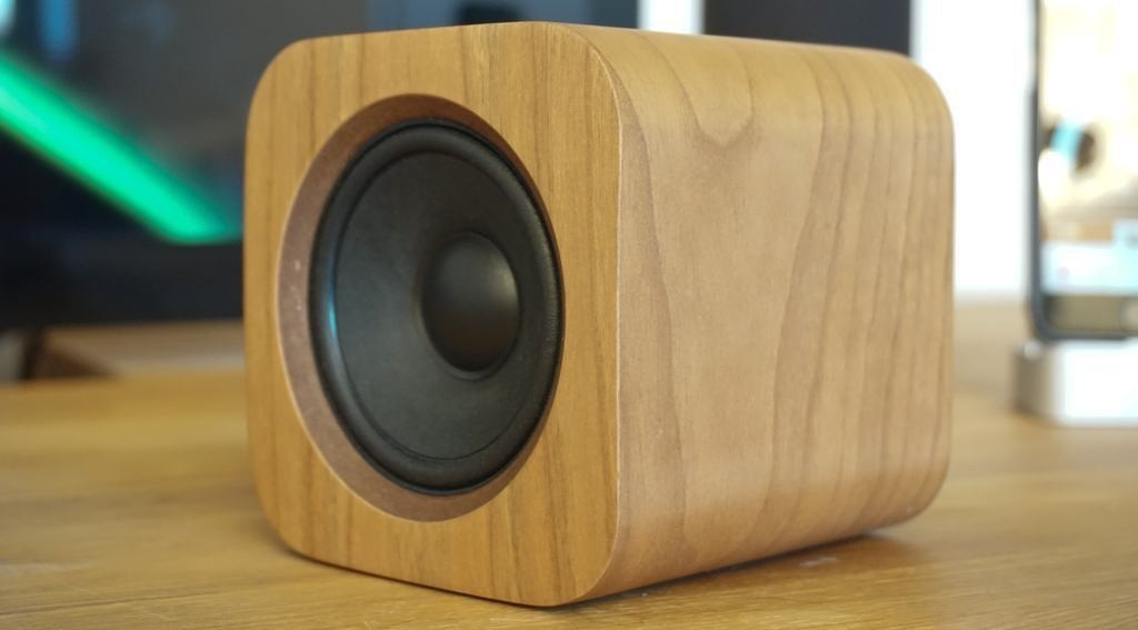 Review: Sugr Cube, the cute wooden portable AirPlay speaker with gesture controls