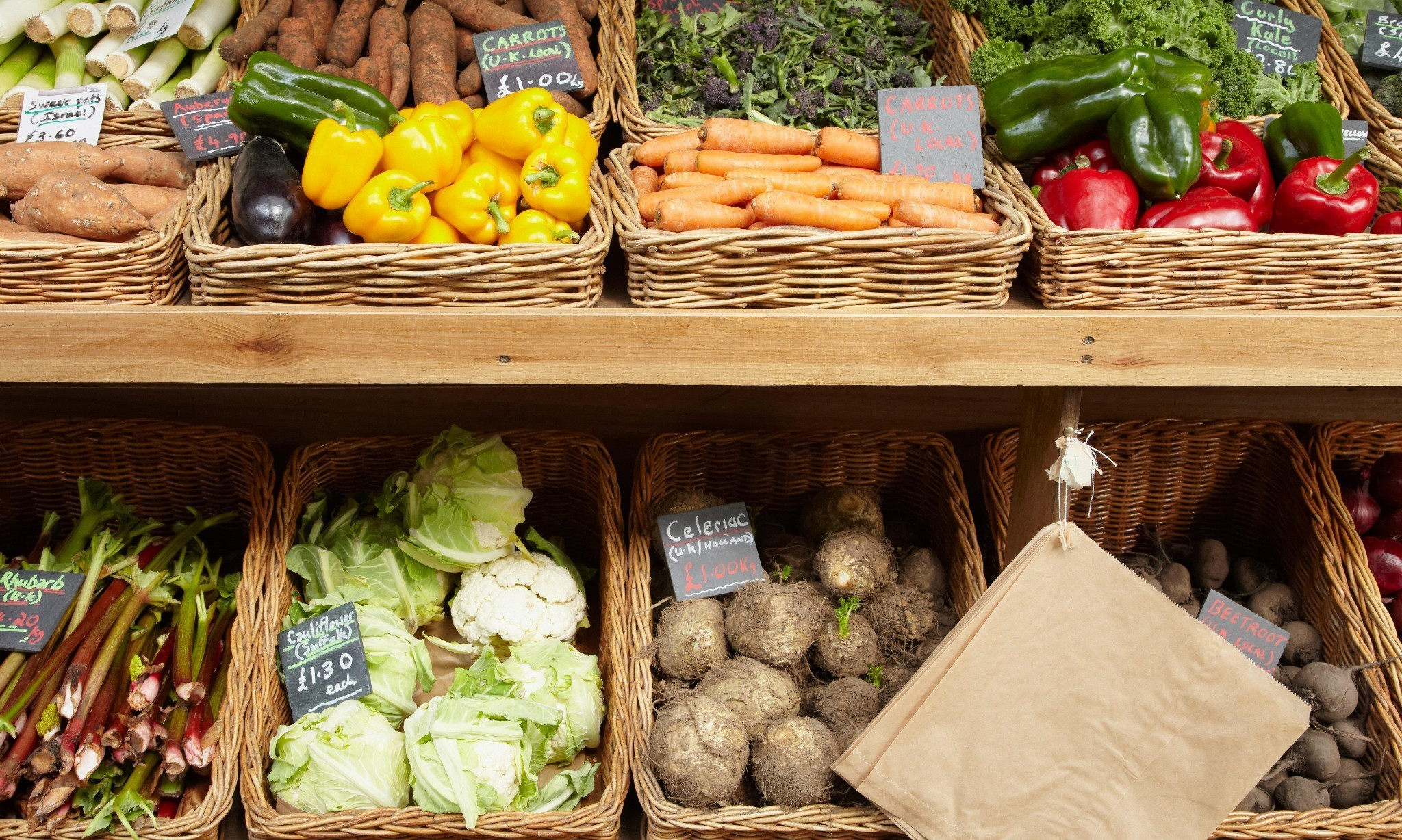 How to surf the organic food boom on the cheap