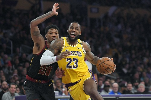 James, Lakers lead NBA jersey, merchandise sales rankings