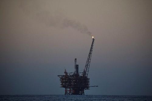 米原油先物7%安、12営業日続落 トランプ氏投稿の影響続く